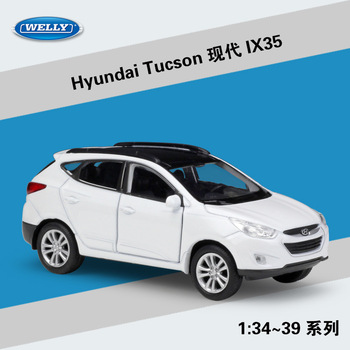 Welly 1:36 Hyundai Tucson IX35 alloy car model pull-back vehicle Collect gifts Non-remote control type transport toy welly 1 36 hyundai santafe suv alloy car model pull back vehicle collect gifts non remote control type transport toy
