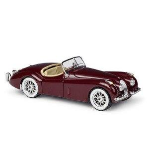 Bburago 1/24 масштабная модель автомобиля игрушки 1951 Jaguar XK120 Roadster литая под давлением металлическая модель автомобиля игрушка для подарка, колле...