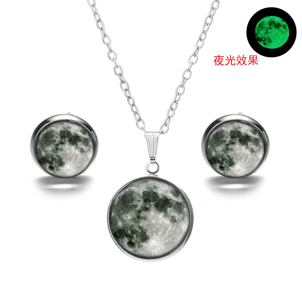 Fashion Retro Dreamy Starry Night Light Pendant Necklace  Sweater Chain Jewellery Accessories Handmade Lucky Amulet Gifts