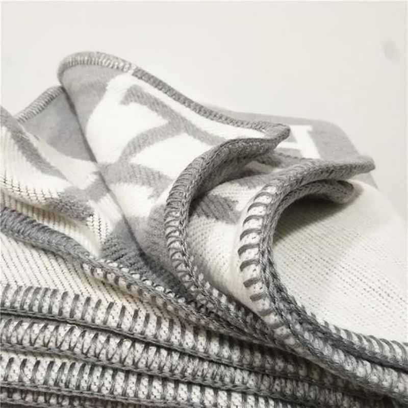 Lannidaa Blanket Fashion Knitted Large Super Soft Flying Thread Throw Wool & Cashmere Blanket Warm Knitting Plaid Blanket
