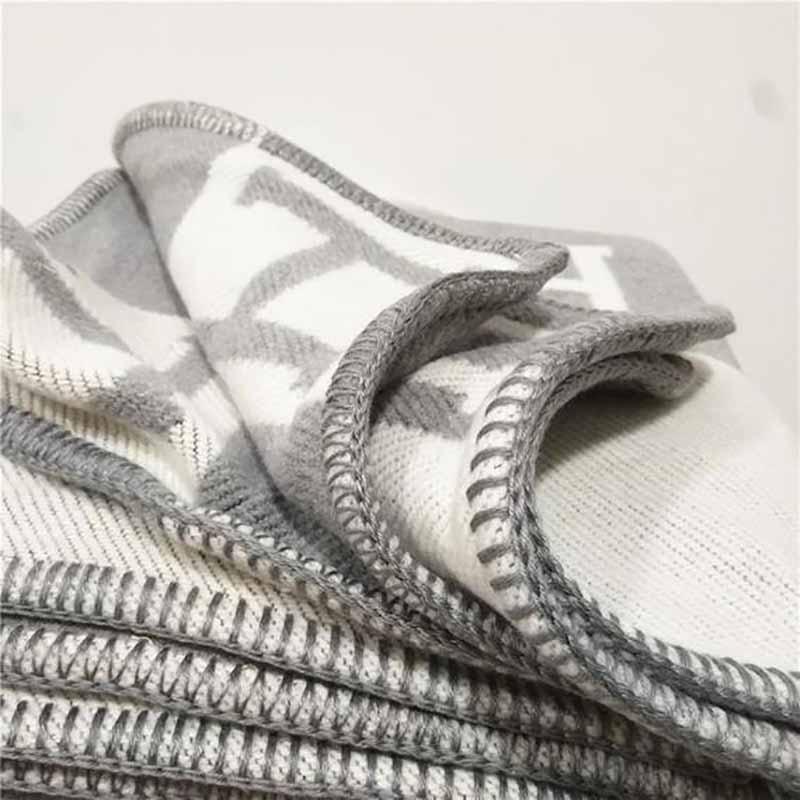 Lannidaa Blanket Fashion Knitted Large Super Soft Flying Thread Throw Wool & Cashmere Blanket Warm Knitting Plaid Blanket