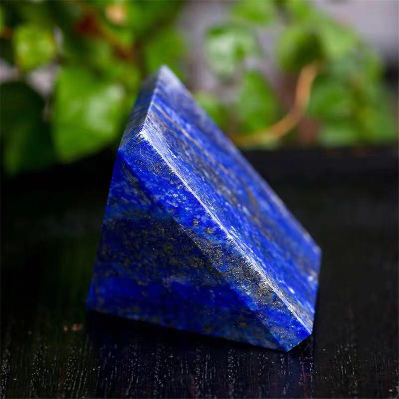 lapis lazuli pyramid (4)