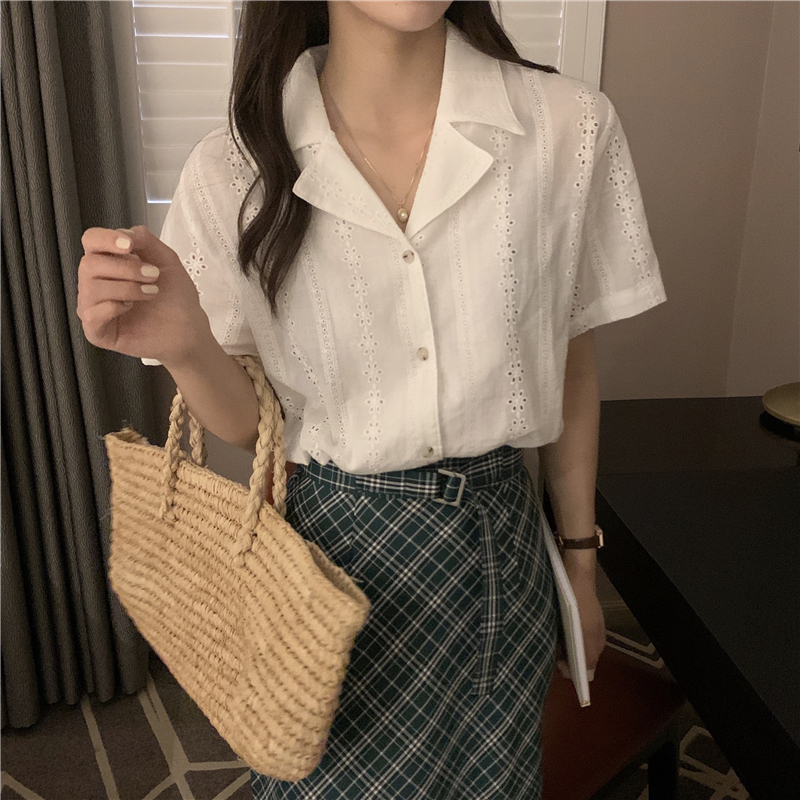 Hdd5d66d5d544412bb13a48e9e2a75e96b - Summer Notched Collar Short Sleeves Embroidery Solid Buttons Blouse