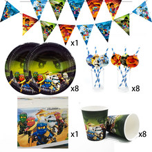 Suprimentos de festa 26 peças para 8 crianças tema ninjagoing aniversário decoração conjunto de utensílios de mesa, copo prato palha banner toalha de mesa