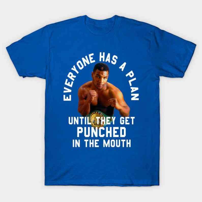 Todo el mundo tiene una camiseta talla S/3XL
