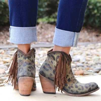 Sonbahar kış hakiki deri süet yarım çizmeler leopar püskül yan Zip bayan botları yüksek topuk kısa çizmeler parti ayakkabıları