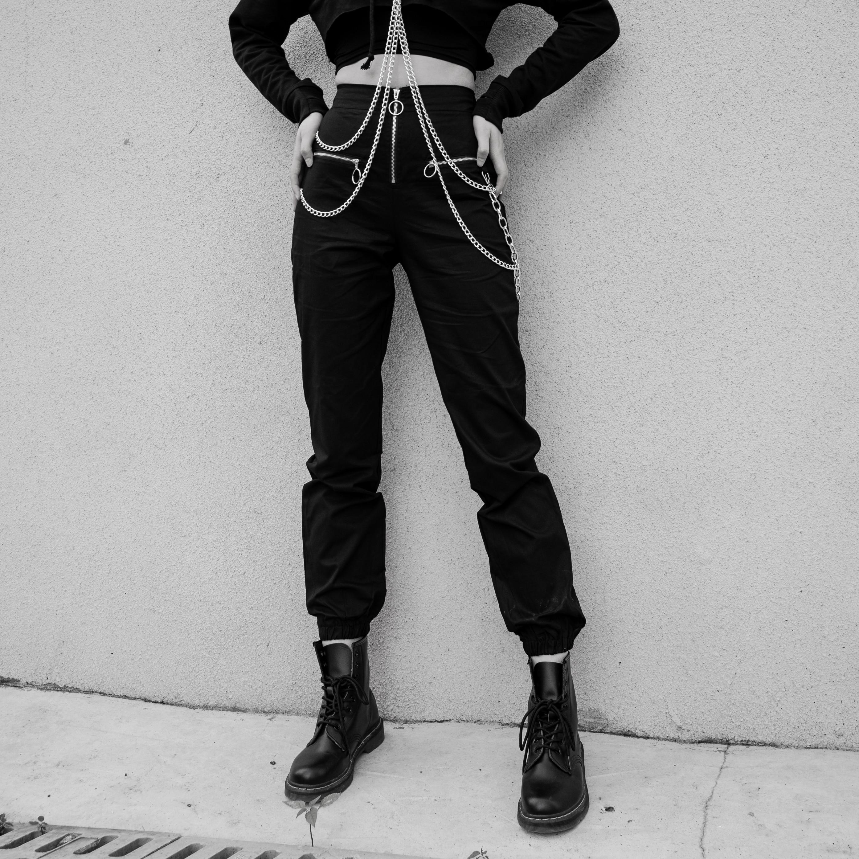 Gothic Black Women Multiple Pocket Chain Fake Zippers Harem Pants 2019 Winter Goth Punk Streetwear Female Dark Loose Harem Pants