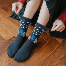 Autumn and winter New Female Socks Tree Simple Retro College Student Warm Soft  Medium