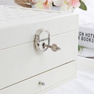 Image 4 - ファッションデザイン革の宝石箱ジュエリーパッケージ収納大宇宙の宝石リングネックレスブレスレットホット販売