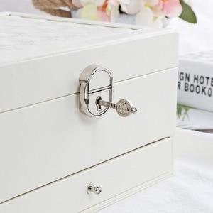 Image 4 - Fashion Design Lederen Sieraden Doos Sieraden Geval Sieraden Pakket Opslag Grote Ruimte Sieraden Ring Ketting Armband Hot Selling