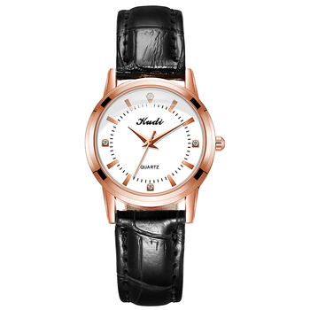 2020 Fashion Luxury Diamond Watch for Women Stylish Leather Belt Bracelet Quartz Wristwatches Waterproof Ladies Analog Watches