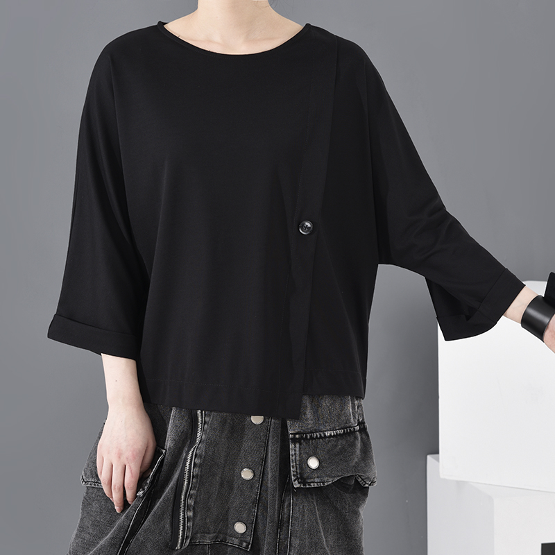 [EAM] Women Black Button Vent Split Big Size T-shirt New Round Neck Three-quarter Sleeve Fashion Spring Autumn 2020 JT23301 4