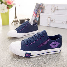 Comfortable Trainers Zipper Red Lips Designer Women Sneakers Summer Casual White Canvas