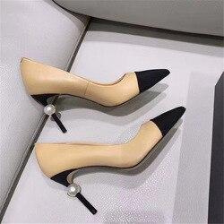 Verano Zapatos de tacón alto puntiagudo dedo del pie de la perla clásico tacones de aguja 2020 nuevo de moda PU todo-fósforo zapatos con LOGO tamaño 34-41