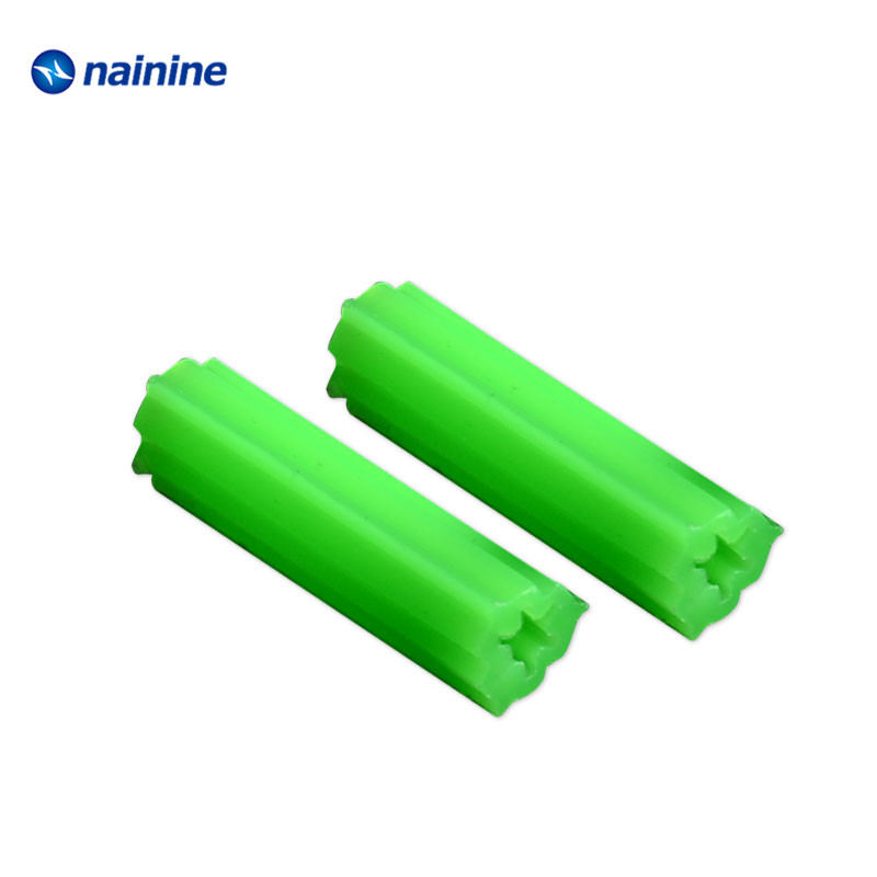 20PCS Green Plastic Wall Plugs Fixing Anchor Plug for Masonry Screw 6mm x 25mm