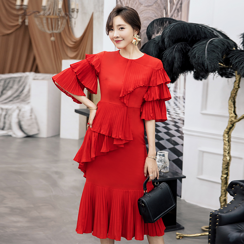 YIGELILA 62436 Fashion Women Red Ruffles Dress Solid Casual O-neck Flare Sleeve Chiffon Pleated Empire Slim Midi Length Dress