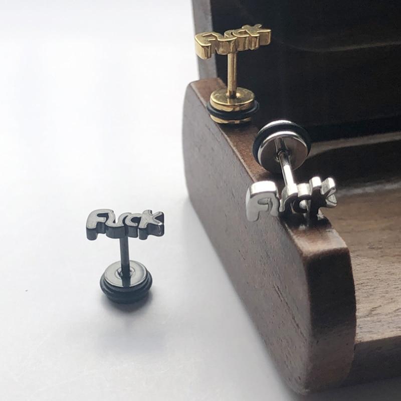1 Pair = 2 Pezzi Piccolo Mini in Acciaio Inox Lettera Orecchio Orecchini con Perno in Argento Oro Nero Degli Uomini Delle Donne Accessori Monili Penetranti
