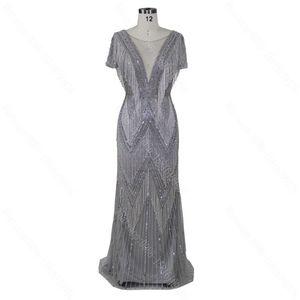 Image 2 - 2020 Con Scollo A V design nuovo arriva il vestito da promenade del vestito da sera che borda il vestito