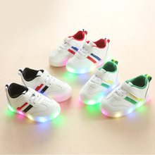 2019 New Kids USB Luminous Sneakers Glowing Children Lights Up Shoes with Led BOYS Girls Illuminated Krasovki Footwear Boys
