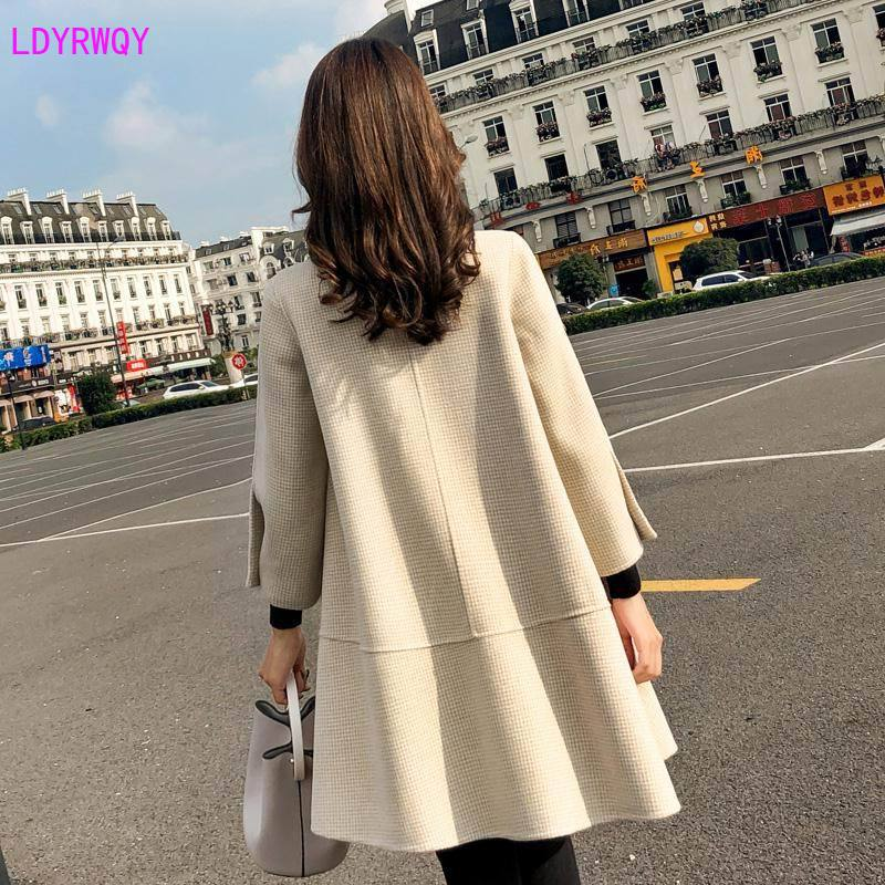 Image 3 - 2019 autumn new Korean womens splicing stand collar single  breasted seven point sleeves fresh and lovely long cloak wool coatWool