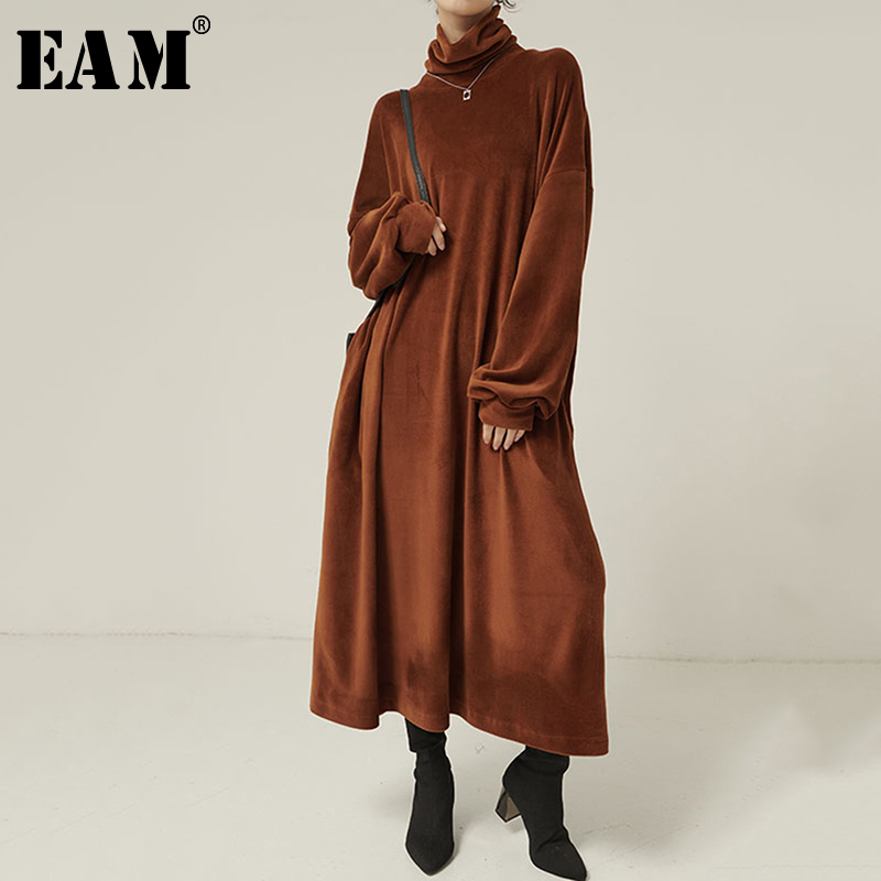 [EAM] Women Brown Brief Big Size Long Velvet Dress New Turtleneck Long Sleeve Loose Fit Fashion Tide Spring Autumn 2020 1N964
