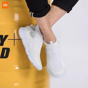 Image 2 - Xiaomi Uleemark קל משקל עף אריגת נעלי אופנה גברים מזדמן נוח לנשימה החלקה Xiomi סניקרס למאהב
