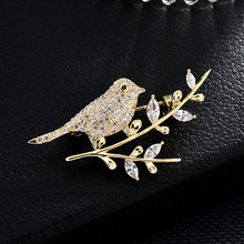 Elegant Crystal Animals Brooches Pins Jewelry Zircon Magpie Lovely Birds Brooch For Woman Clothes Decorative
