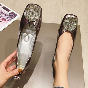 Image 4 - Women Shoes Fashion Crystal Womens Flats Shoes 2020 Spring Autumn Ladies Footwear Females Slip On Shallow Ballet Single Shoes