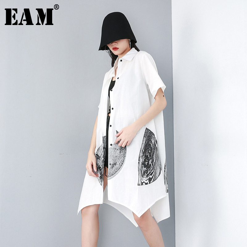 [EAM] Women White Pattern Printed Asymmetrical Shirt Dress New Lapel Short Sleeve Loose Fit Fashion Spring Autumn 2020 JU077