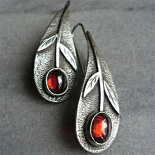Vintage Female Red Oval Drop Earrings Charm Crystal Silver Dangle Earrings For Women Elegant Bridal Leaf Wedding Earrings pair of vintage faux crystal oval drop earrings for women
