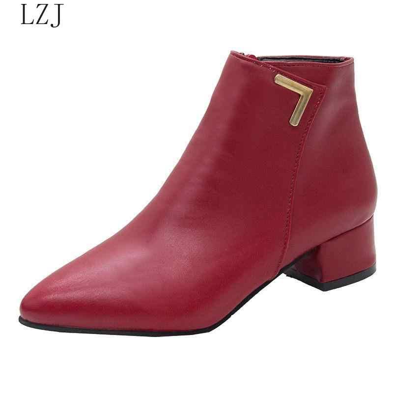 Fashion Vrouwen Laarzen Casual Lederen Lage Hoge Hakken Voorjaar Schoenen Vrouw Puntschoen Rubber Enkellaars Zwart Rood Zapatos Mujer