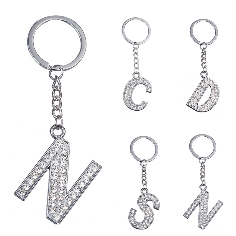 26 Fashion Diamond Letter Pendant Keychain Crystal Keyring Man Car Jewelry Key Chain For Women Bag Charms Accessories Gifts