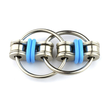 1pcs New Key Ring Hand Spinner Tri-Spinner Reduce Stress EDC Fidget Toy For Autism Decompression Metal Keychain Toy Direct sell