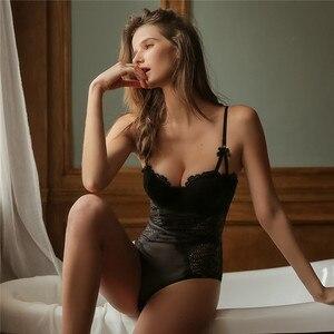 Image 4 - Fransız marka süper Push Up sütyen seti seksi dantel Bodycon kadın iç çamaşırı nakış Hollow korse pijama Onesies külot seti