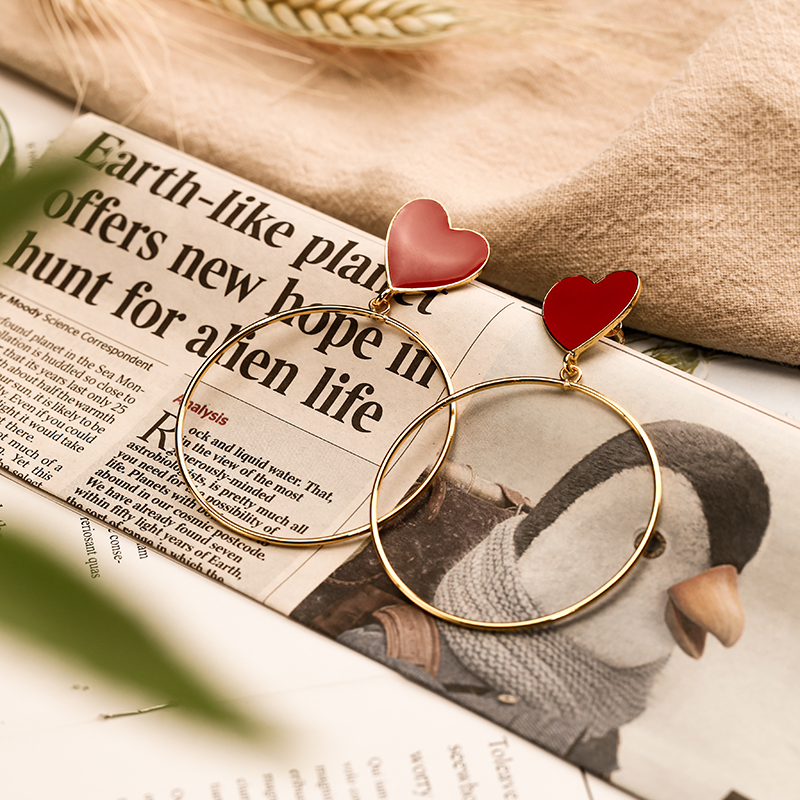 Hddd1c48ae3294e4ca18ec87d7022a3c1o - 2019 New Red Heart Big Gold Loop Dangle Earrings For Women Lady's Chic Heart Love Earring For Party Jewelry Gift