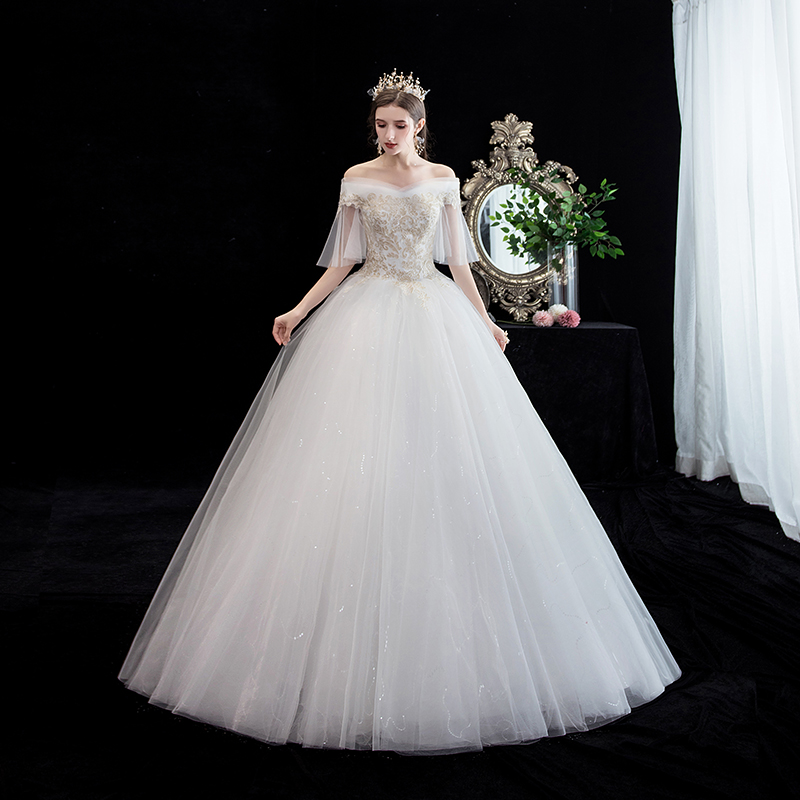 Sexy Boat Neck Flare Sleeve Half Sleeve Wedding Dress Lace Embroidery Flower Lace Up Plus Size Princess Slim Bridal Gown L