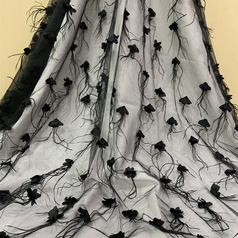 2019 Luxury 3D Flower Nigerian Lace Fabrics Black Purple Feather Embroidered Tulle Lace African Net Lace Fabric For Party