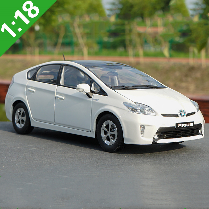 High quality 1:18 TOYOTA PRIUS alloy models,simulated die-cast metal car models,advanced collection ornaments,free shipping