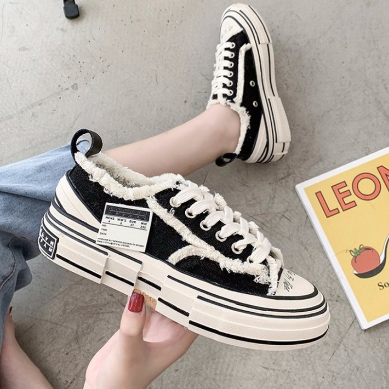 2020 Autumn And Winter New Women Sneakers Cashmere Inside Solid Chic Lage Size Sneakers Zapatillas Deportivas Mujer W21-30