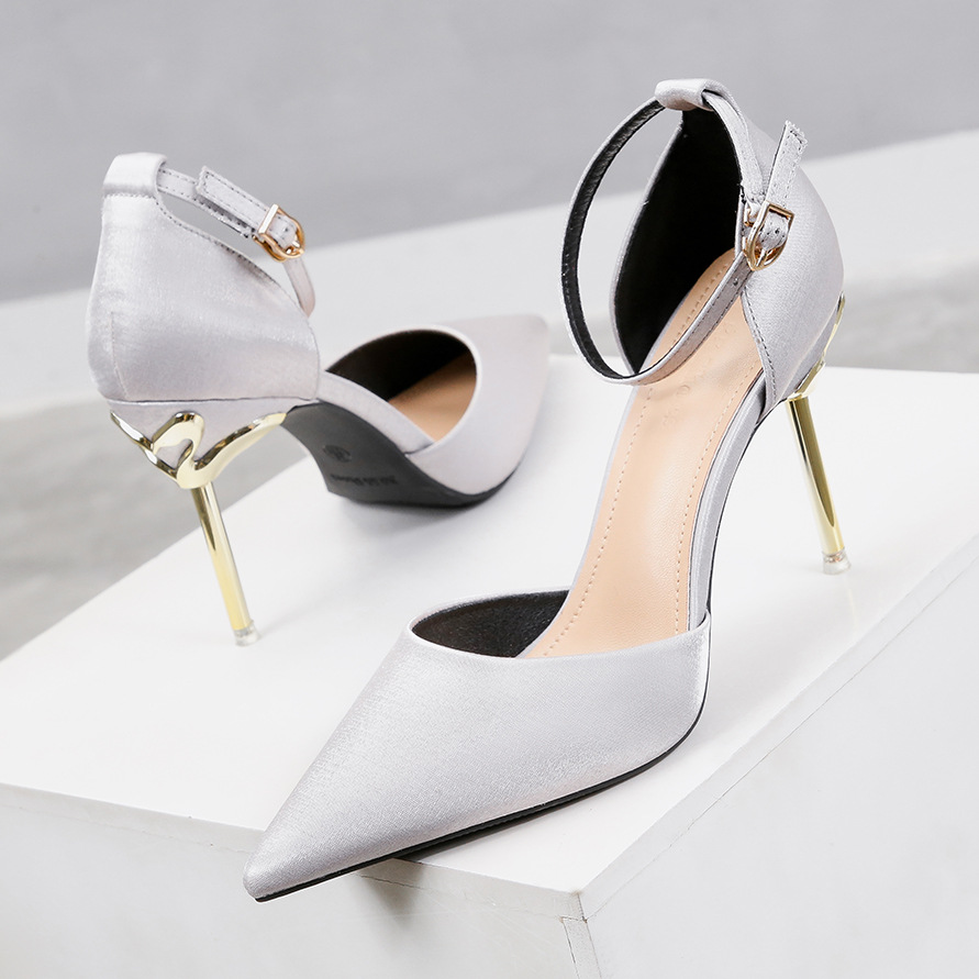 Liren 2019 Summer New PU Sandals Fashion Sexy Lady Office & Career Buckle Pointed Toe High Thin Heels Shoes