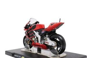 Image 3 - ליאו מודלים 1/18 הונדה NSR500 מבחן ולנסיה 2000 Yamaha YZR דוקאטי Desmosedici GP12 Aprilia RSW250 מבחן Jerez 1999 GP125 WC1995