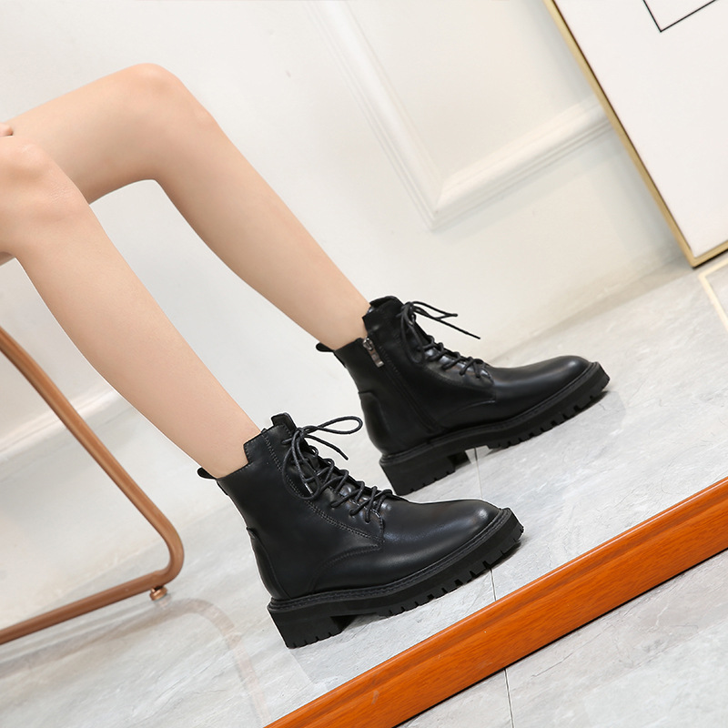 2019 New Style Cool Women's Motorcycle Boots Large Size 4243 Small 3233 Martin Boots British Style Lace-up Thick Bottomed Short