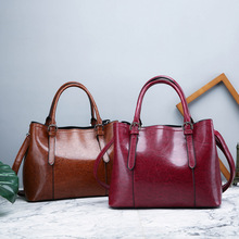 New fashion ladies handbag shoulder bag diagonal luxury travel designer brand package TJ8112