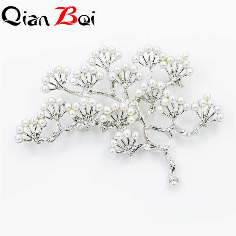 Qianbei Pabrik Penjualan Langsung Kristal Diamante Mutiara Imitasi Fashion Bunga Daun Pins untuk Wanita Dalam Berbagai Macam Desain
