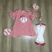 Del bambino della ragazza dei capretti vestiti dei bambini da baseball vestito di lunghezza del ginocchio red strisce di cotone boutique vestiti partita collana arco della borsa & calze
