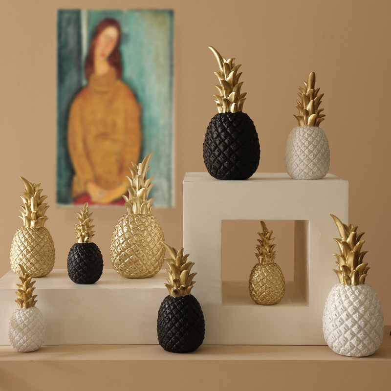 Nordic Pineapple Ornament Craft Creative Table Desktop Decor Golden Fruit Shape Resin Ornament Home Decoration Accessories