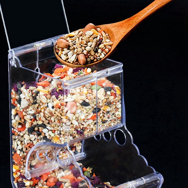 Pet Plastic Transparent Hamster Feeder Guinea Pig Food Bowl Container Can Squirrel Hedgehog Anti-flip Basin Automatic Feeder 3