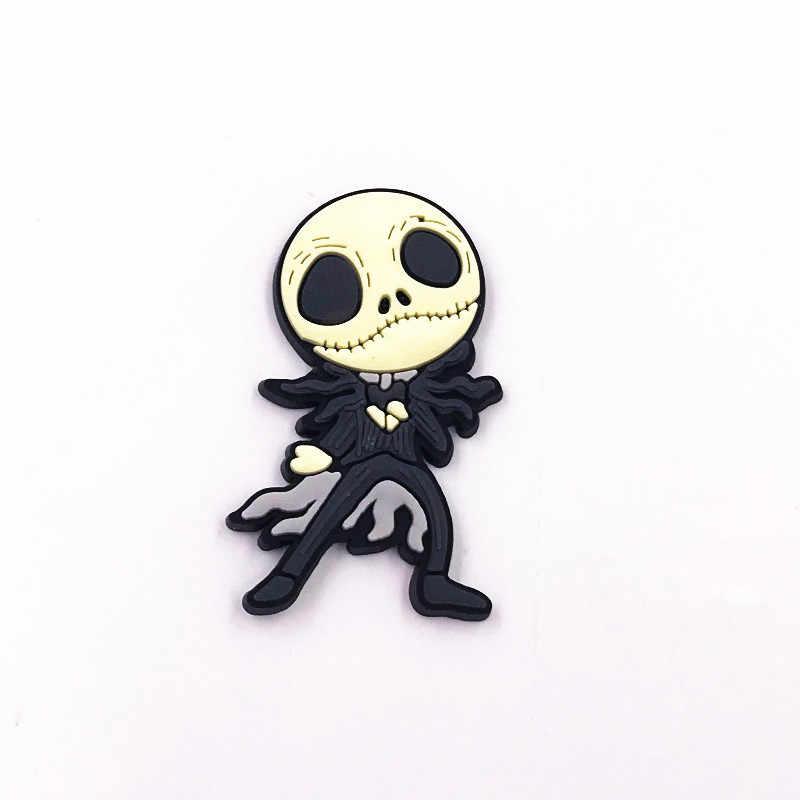 1 CHIẾC Halloween Biểu Tượng Huy Hiệu Trẻ Em Quần Áo Phụ Kiện Ốp NHỰA PVC Hoạt Hình Thổ Cẩm Ma Pin Dành Cho Trang Trí Trên Ba Lô Nắp