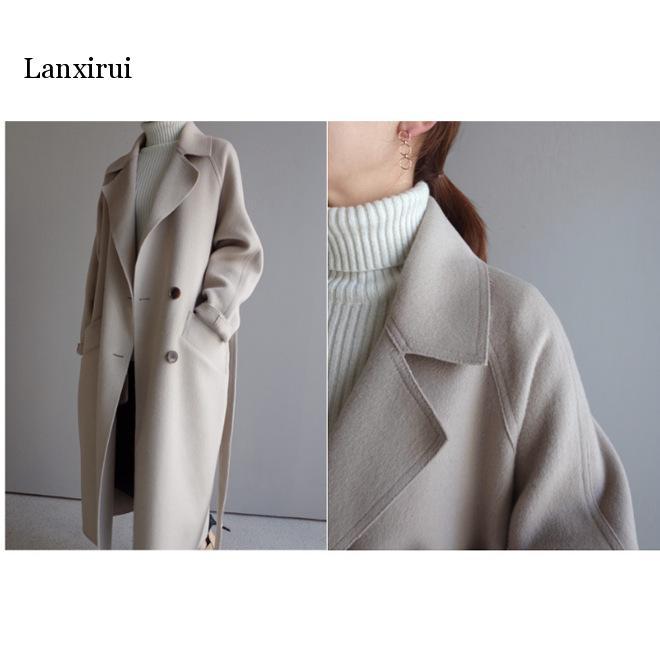 Casaco feminino longo e solto de lã,