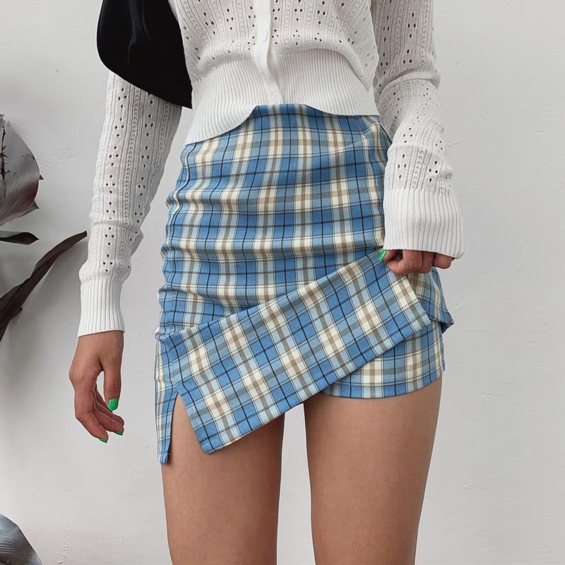 Women Split Details Plaid Mini Skirt with Under Shorts Mini Skort In Check 3
